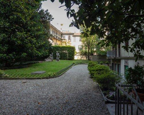 MILANO VIA CAPPUCCIO – Appartamento